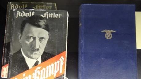 Adolf Hitler écrit