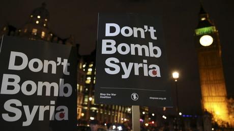 Manifestation contre l'intervention de la Grande-Bretagne en Syrie, 1er décembre 2015