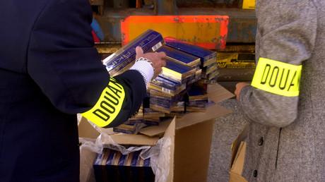 Les douaniers sont en colère contre François Hollande.
