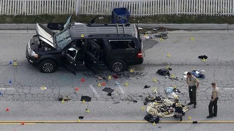 Le véhicule du couple de tireurs de San Bernardino a été retrouvé, ainsi que des armes automatiques et plusieurs milliers de cartouches