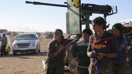 Les combattants kurdes font la guerre à l'Etat islamique