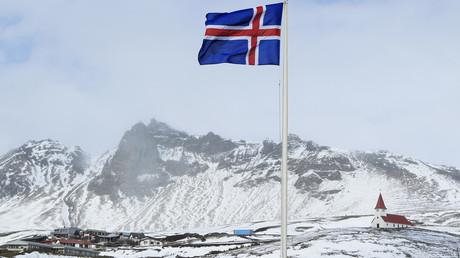 En Islande, les religions sont financées par les impôts.