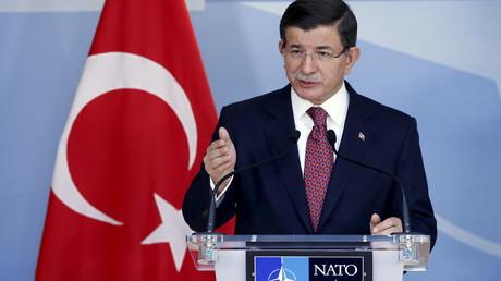 Le Premier ministre turc Davutoglu au sommet de l'Otan le 30 novembre dernier.