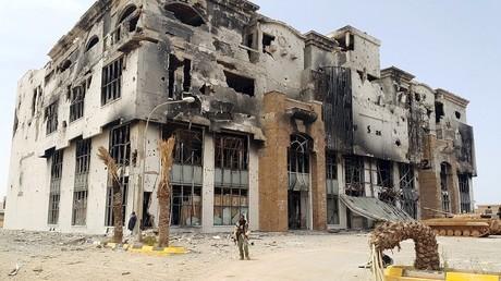 La ville libyenne de Benghazi est en ruines