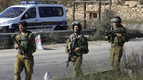 Une patrouille israélienne dans la ville de Hébron, régulièrement secouée par des heurts.