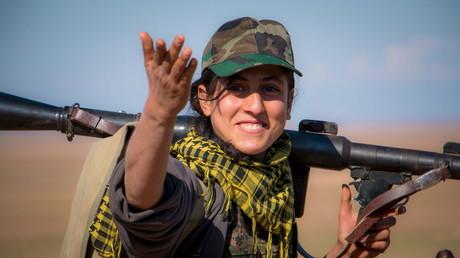 Une combattante Kurde.