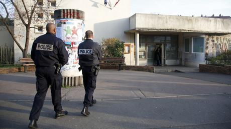 Toute la journée, l'école d'Aubervilliers a été mise sous surveillance.