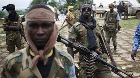 Des membres de l'ex rébellion Séléka en juin 2014 à Lioto, dans le sud de la Centrafrique