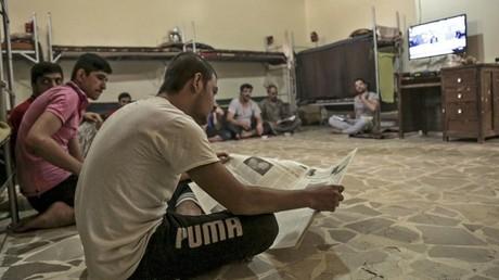 La télévision par satellite sous Daesh : une «machination de Satan» interdite aux habitants