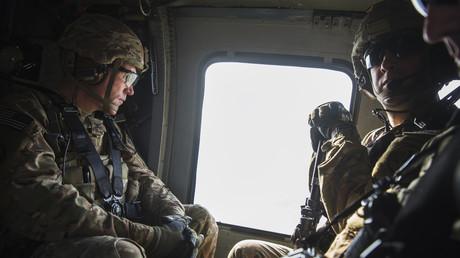 Les soldats sur la base de Bagram
