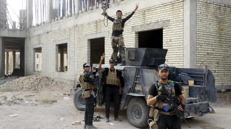 Soldats irakiens après des affrontements avec Daesh