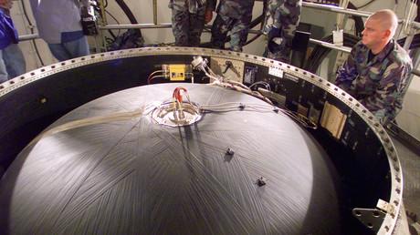 Missile de l'US air-force en maintenance