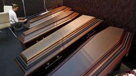 Des cercueils avec zéro émission d'oxyde d'azote lors de leur inflammation bientôt en Suède ?