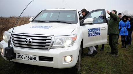 Des journalistes russes et membres de l'OSCE se sont retrouvés sous les tirs dans l'est ukrainien