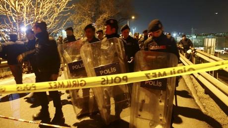 Policiers turcs