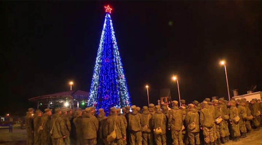 En Syrie, les pilotes russes fêtent le Nouvel An tout en continuant les frappes contre Daesh (VIDEO)