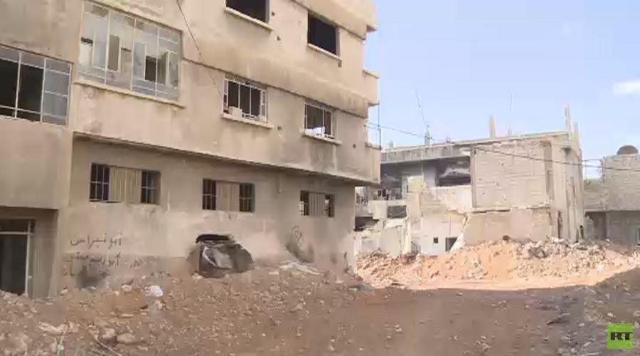 500 familles rentrent à la maison alors que Daesh et al-Nosra se retirent des banlieues de Damas