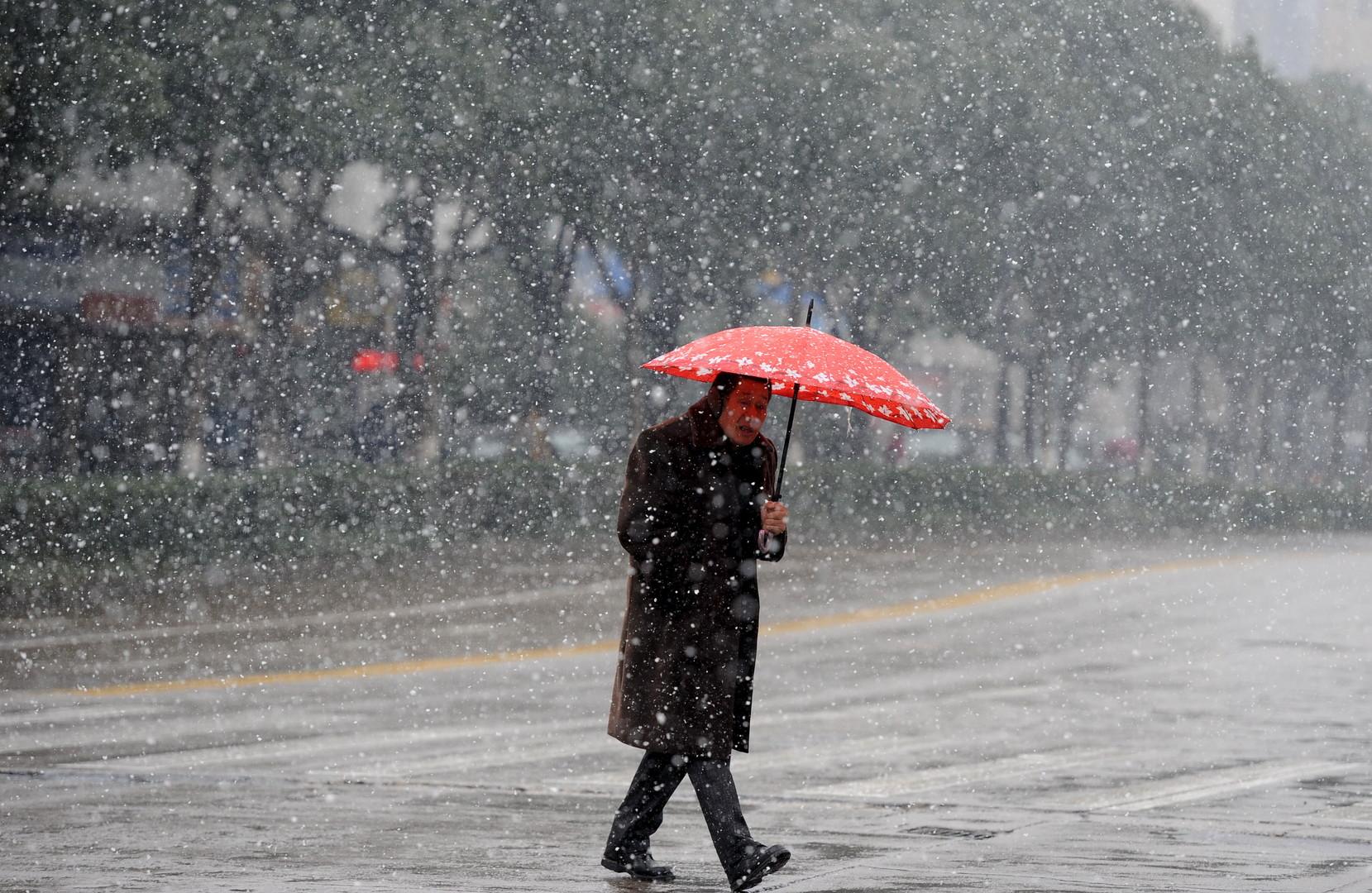 Tempêtes et froid intense sur la côte est des Etats-Unis et en Chine (PHOTOS)
