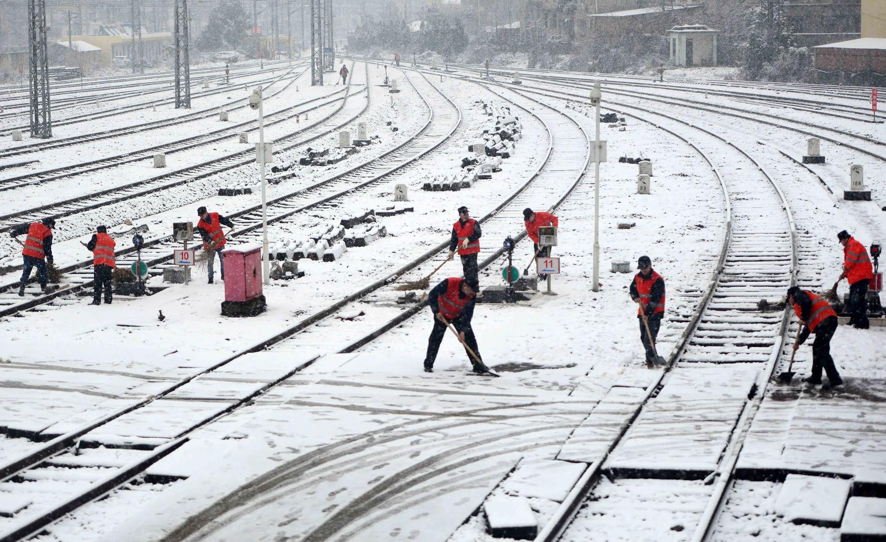 En Chine, des avions et des trains ont dû être annulés