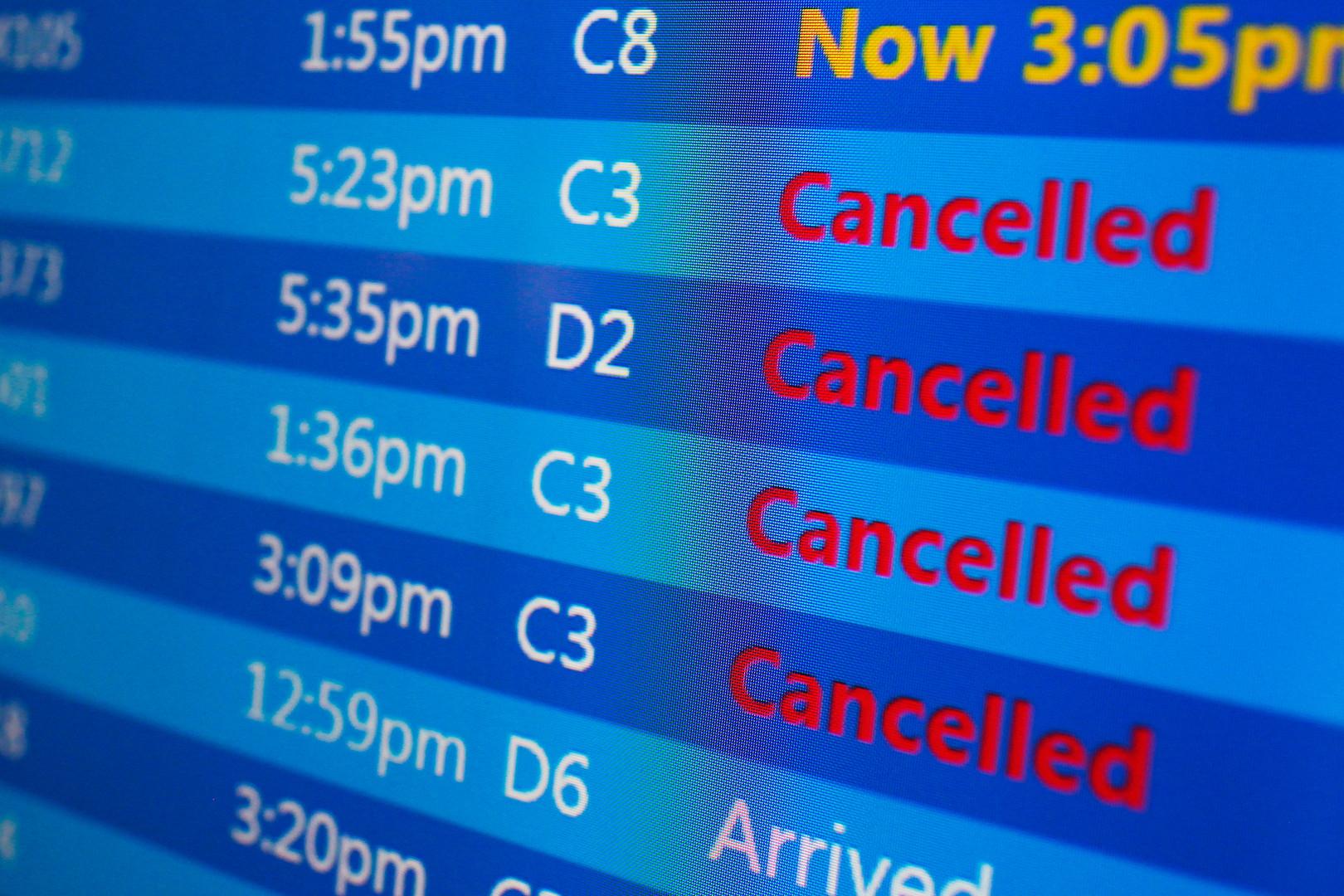 Des milliers de vols ont dû être annulés