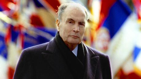 François Mitterrand à la cérémonie d'armistice du 11 novembre 1992