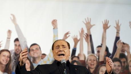 Silvio Berlusconi promet de relancer Forza Italia et renverser le gouvernement Renzi