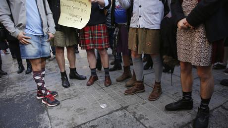 Pays-Bas : des hommes défileront en mini-jupe en soutien aux femmes agressées sexuellement à Cologne