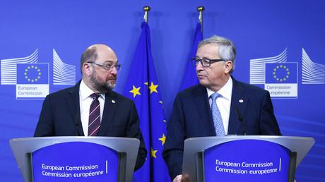 Le président du Parlement européen Martin Schulz et le président de la Commission européenne Jean-Claude Juncker