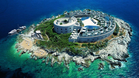 Le projet d'hôtel de luxe sur le fort de Mamula