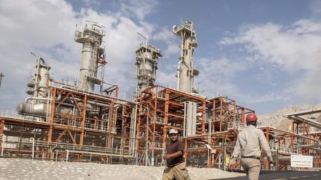 L'Iran produit déjà 2,8 millions de barils par jour