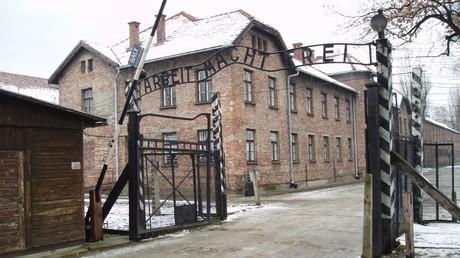 Un ancien infirmier d'Auschwitz de 95 ans va être jugé fin février