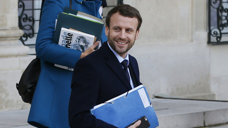 Le ministre français de l'économie Emmanuel Macron