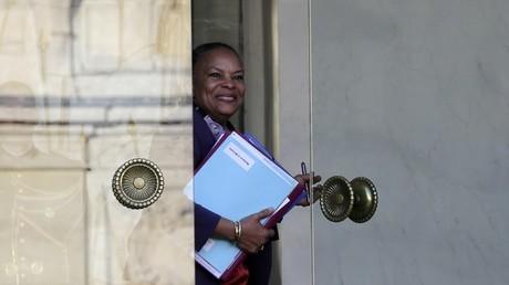 Christiane Taubira claque la porte du gouvernement