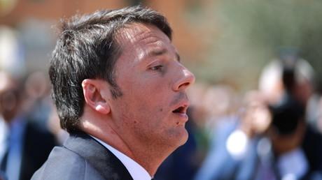 Matteo Renzi dénonce le poids jugé trop important du couple franco-allemand.