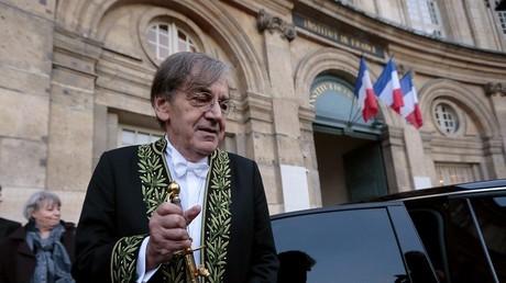 Alain Finkielkraut à l'Académie française : les internautes s'en donnent à cœur joie