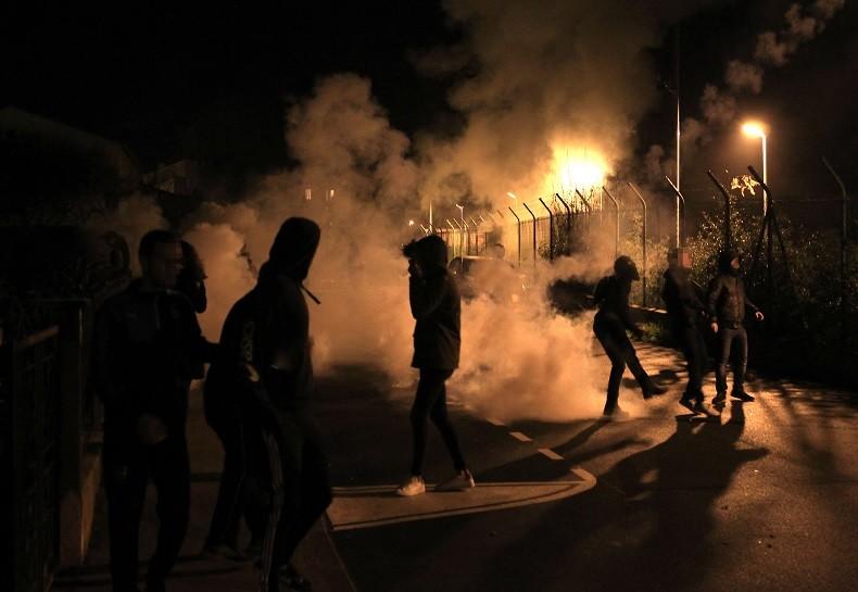 Corse : le procès des supporters bastiais reporté, les violences se poursuivent (PHOTOS)