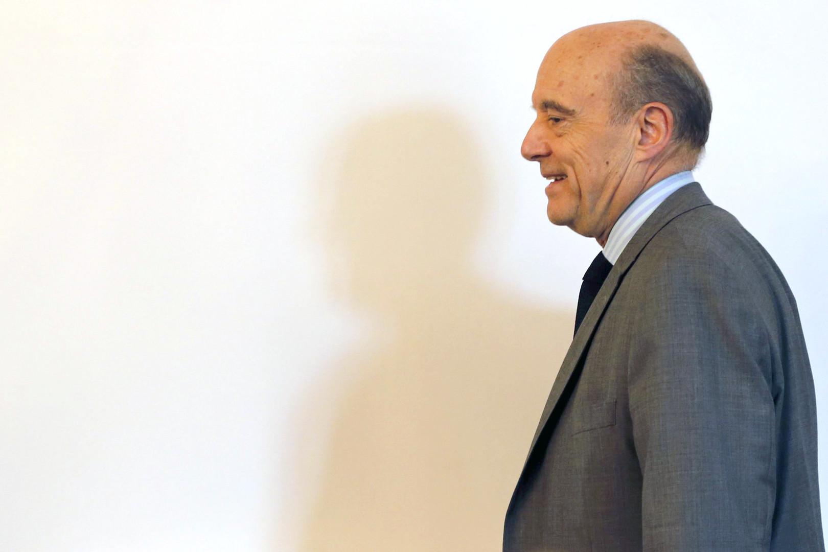 Alain Juppé était le ministre des Affaires étrangères de Nicolas Sarkozy à l'époque.