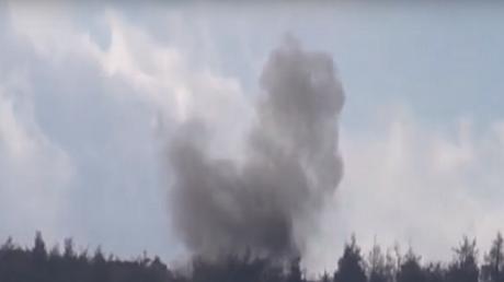 L'armée turque bombarde le territoire syrien en utilisant son artillerie lourde