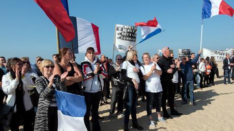 Une manifestation antimigrants organisée par le collectif des