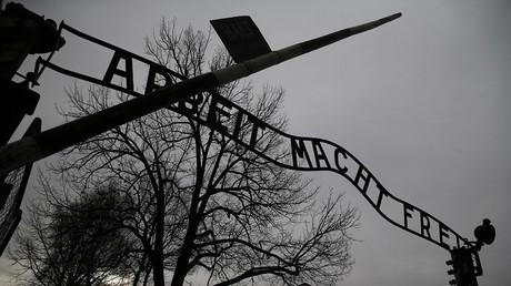 A 93 ans, un ancien garde d'Auschwitz face à la justice allemande