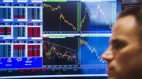 Les places financières mondiales vivent des heures difficiles en ce début d'année.