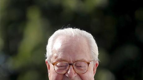 Brahim Zaibat condamné à un euro d'amende pour un «selfie» avec Jean-Marie Le Pen
