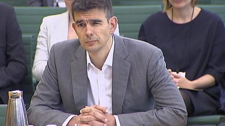 Le président de Google Europe Matt Brittin témoigne devant le parlement britannique en mai 2013