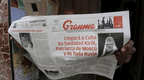 La Une du journal cubain Granma titrant de l'arrivée du Patriarche russe
