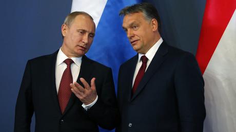 Le président russe Vladimir Poutine et le Premier ministre hongrois Viktor Orban