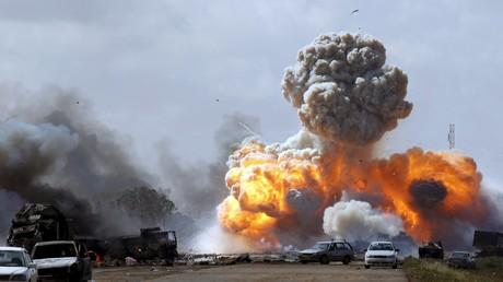 Une explosion entre Benghazi et Ajdabiyah en Libye (mars 2011)