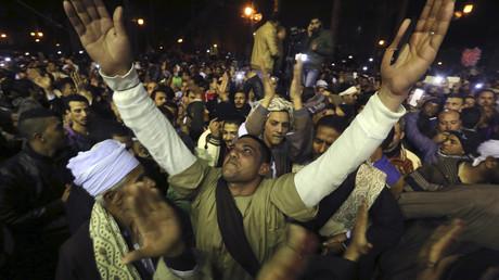 Les égyptiens fêtent la Moulid Al-Hussein, l'anniversaire du petit fils du prophète Mahomet