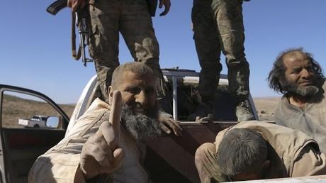 Des combattants de Daesh dans les environs de la ville de al-Shadadi en Syrie