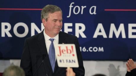 Jeb Bush suspend sa campagne électorale alors que Trump remporte la victoire en Caroline du Sud