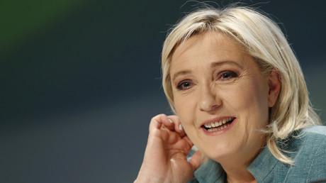 A l'instar de Jean-François Copé récemment, Marine Le Pen a ouvert son blog pour préparer 2017.